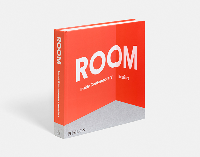 Room 700px